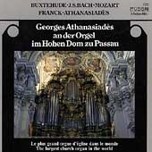 Georges Athanasiad&egrave;s an der Orgel im Hohen Dom zu Passau