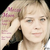 Mezzo Moon: Lieder & Songs by Brahms, Zemlinsky, Weyse, Schubert, Schumann, Nielsen, Reger, Mozart / Pia Heise, mezzo-soprano