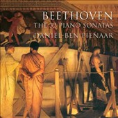 Beethoven: The 32 Piano Sonatas / Daniel-Ben Pienaar: piano