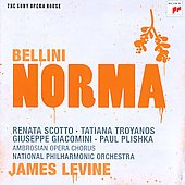 Bellini: Norma / Renata Scotto, Tatiana Troyanos, Giuseppe Giacomini, Paul Plishka. National PO, James Levine