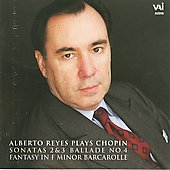Alberto Reyes Plays Chopin