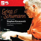 Grieg, Schumann: Piano Concertos / Kovacevich
